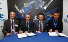 [PRESSE] [#SPACEBOURGET17] Le CNES signe deux contrats de développement Ariane 6 en faveur de la Guyane